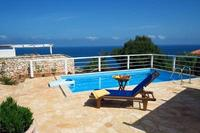 Villa in Greece, Volimes: .