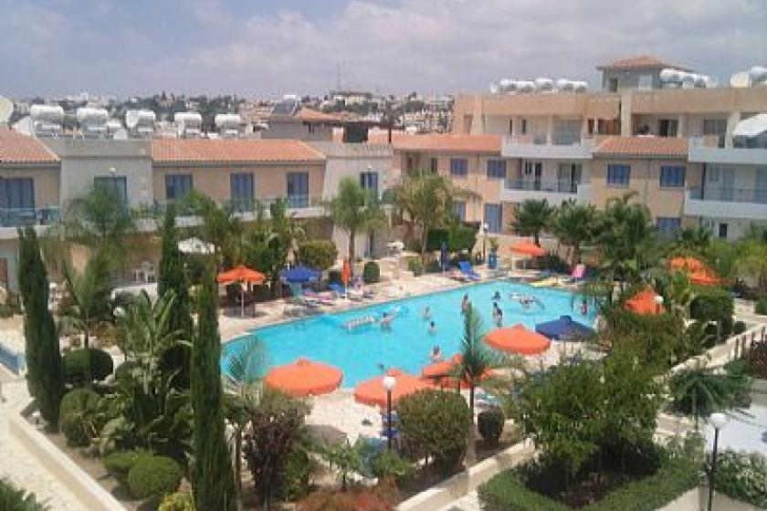 House To Rent In Kato Paphos Cyprus With Pool 5051