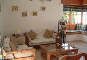 4 bedroom Villa for rent in La Caleta