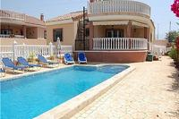 Luxurious Lemon Tree Villa - La Marina