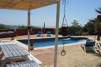 Finca in Spain, Casares: pool and sundeck