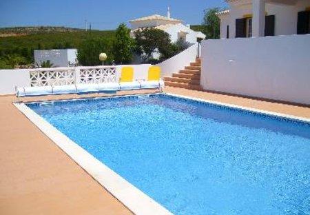Villa in Gaspar Baixo, Algarve: The Pool at Casa Chrisanda