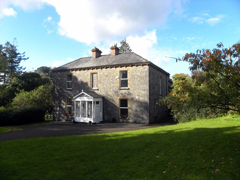 Country house in Ireland, Cashel