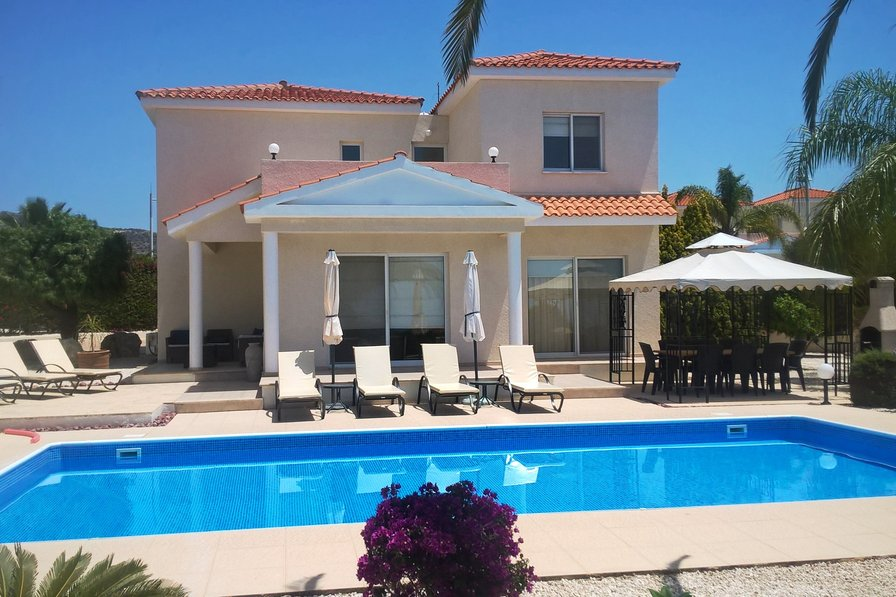 Owners abroad Villa Foster, 4 Bed Holiday Villa in Peyia