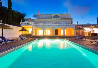 10 bedroom Villa for rent in Praia da Luz