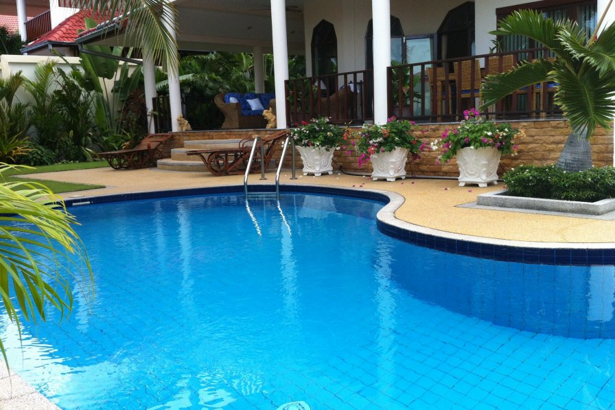 Prachuabkhirikhan Stunning Villa Set In Thailands Royal Beach Golf