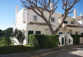Charming 3 bedroom villa w/ pool  in Vale do Lobo