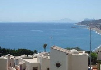 Apartment in Spain, Casares Costa: view of Gibraltar and coast of Africa from terrace