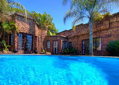 House in South Africa, Kwazulu Natal: Wide angle photo