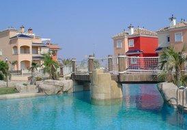 Luxury air conditioned garden apartment near Murcia and Mar Menor