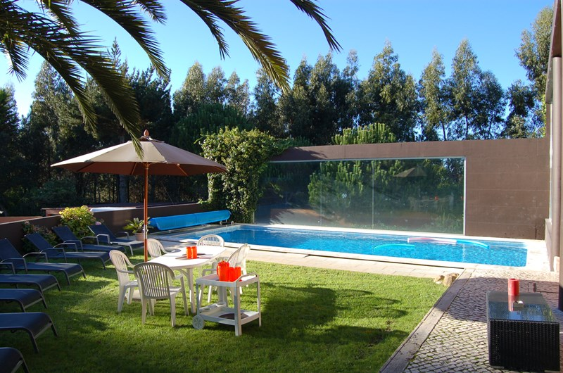 Villa in Portugal, Sintra: Quinta Serramar , a  place to relax and spend your holidays with Family..