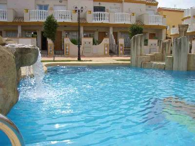 Villa in Spain, Aldeas de Aguamarina: Front of holiday home from pool
