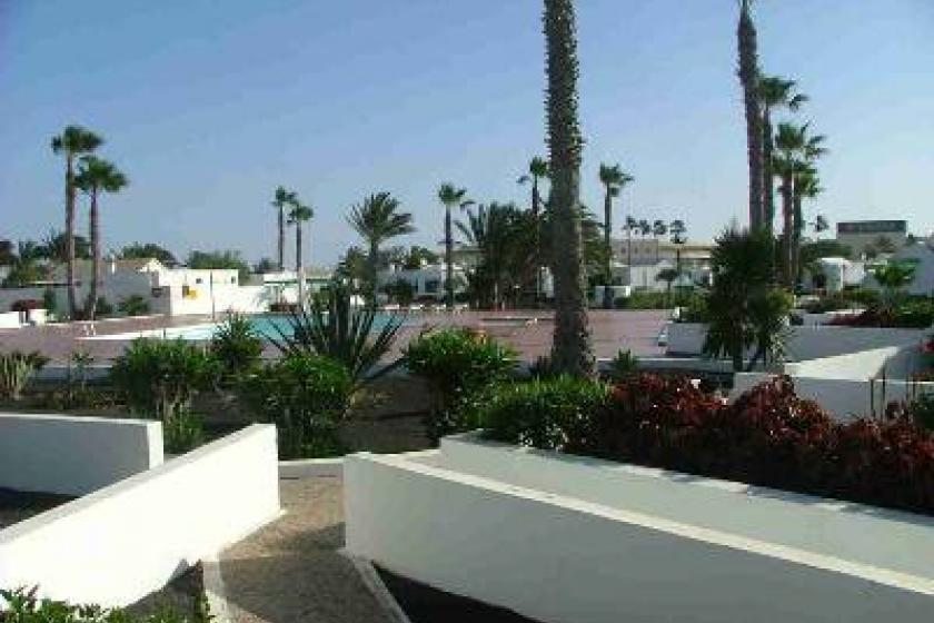 Beach bungalow in playa blanca spain with 1 bedroom shared pool 53322 - Jardin de sol playa blanca ...