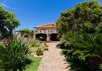 5 bedroom Villa for rent in Cinisi