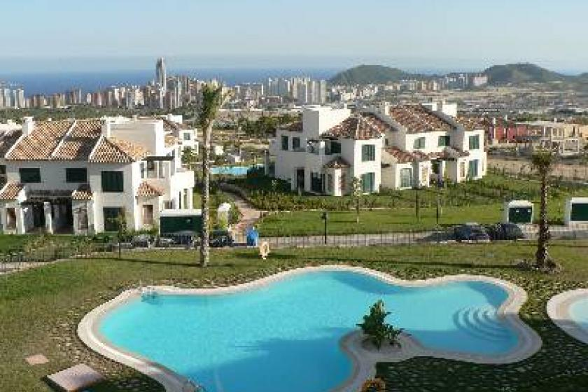 Apartment To Rent In Finestrat Spain With Pool 53773