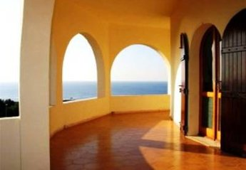 Villa in Italy, Oristano: the terrace