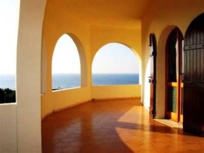 Villa in Italy, Oristano: the terrace