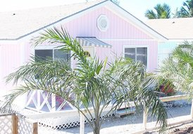 Hoopers Bay Villas Exuma (Pink Flamingo)