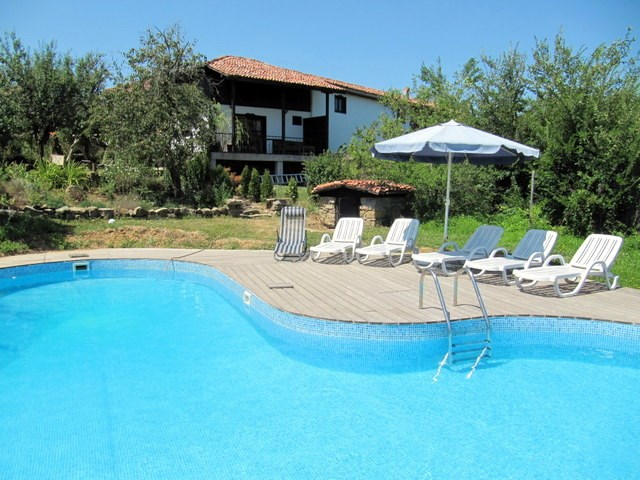 Cottage in Bulgaria, Elena: Private Swimming Pool.