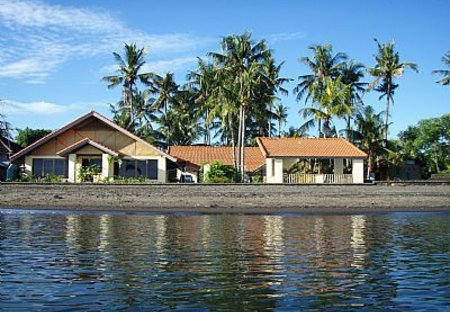 Villa in Lovina, Bali: Ganesha Villa from the sea