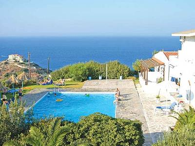 Studio apartment in Greece, Aghia Pelagia: over look of villa bellevue