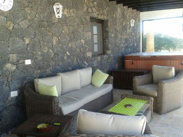 Finca in Spain, Guime: Heated pool and terrace