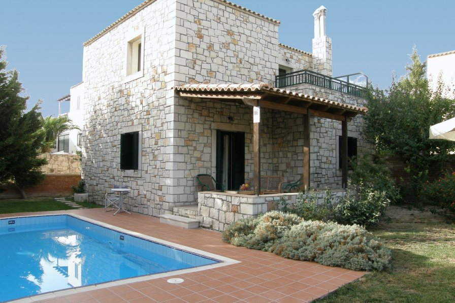 Villa in Greece, Pendamodi