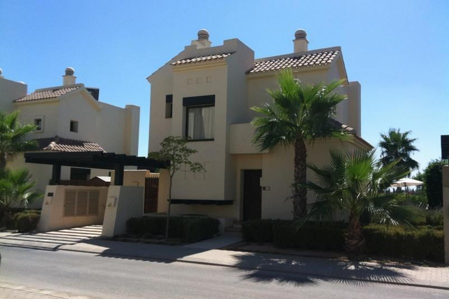 Owners abroad 3 bed detached frontline villa with swimming pool