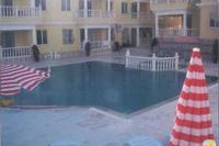 Apartment in Turkey, Altinkum: pool and apartment  complex