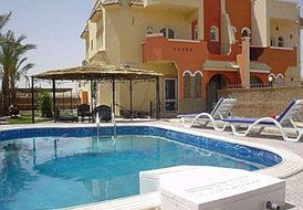 villa-apartment with private swimmingpool