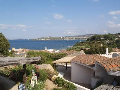 Lodge in Italy, Punta Sardegna: roof terrace view