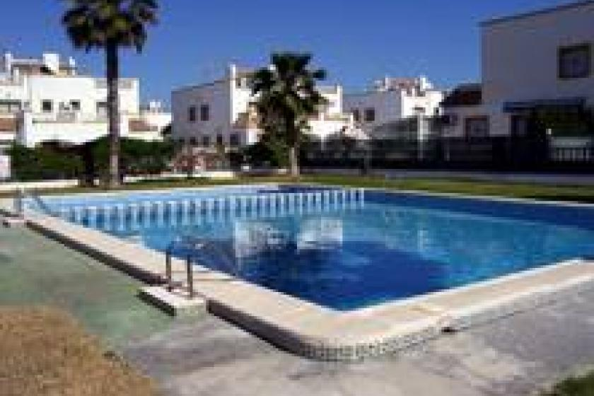Jardin del mar torrevieja town spain clickstay for Apart hotel jardin del mar