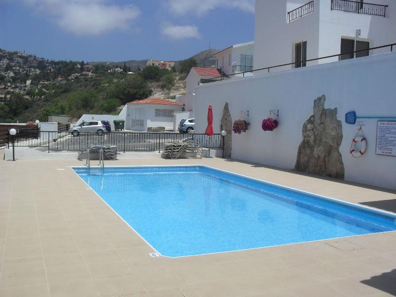 Apartment in Cyprus, Tala: Swimming Pool