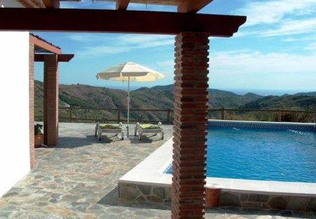 Villa in Salares, Spain