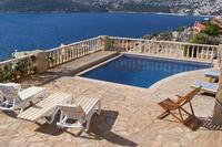 Villa in Turkey, Kalkan: the pool and BBQ area