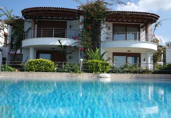 2 bedroom Apartment for rent in Turgutreis