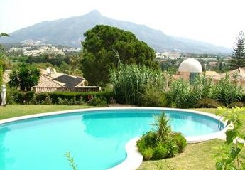 4 bedroom Villa for rent in Nueva Andalucia