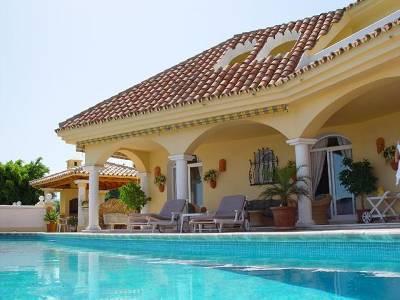 Villa in Spain, La Quinta: heated private pool and terrace