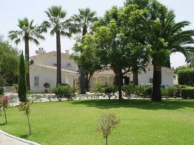 Villa in Spain, Guadalmina Golf: driveway to the villa