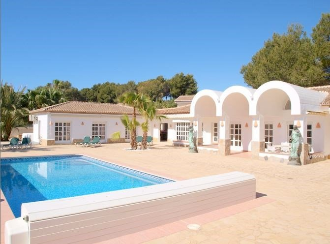 Villa in Spain, Tosalet