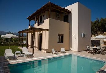 Villa in Greece, Panormo: .