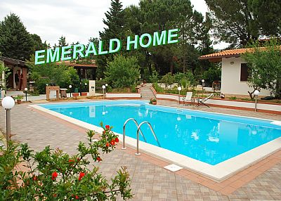 Villa in Italy, BALESTRATE: SWIMMING POOL SALTED WATER large 12 m x 6 m.