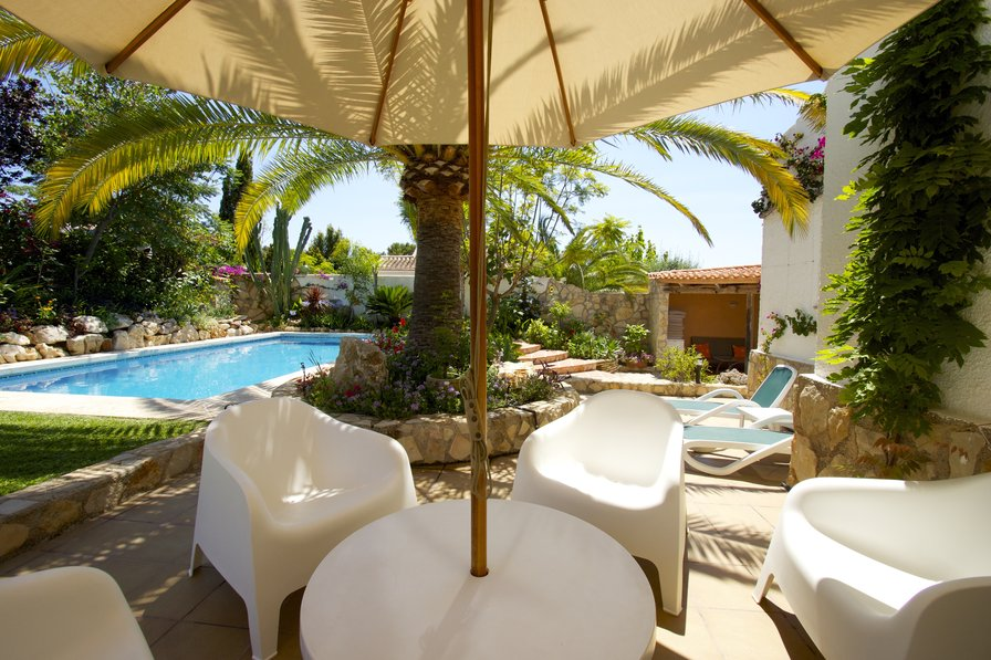 Owners abroad BEAUTIFUL VILLA - SLEEPS 8 ADULTS + 2 INFANTS
