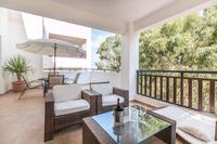 Apartment in Cyprus, Kapparis: Alfresco wining & dining (with sea view)