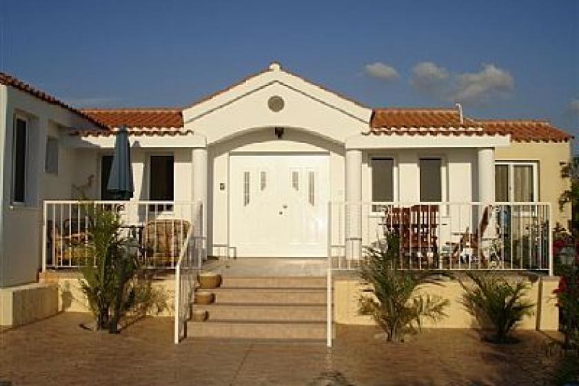 Villa Hestia Coral Bay