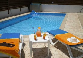 Rosa Villa, Protaras - 3 bedrooms sleeping 8