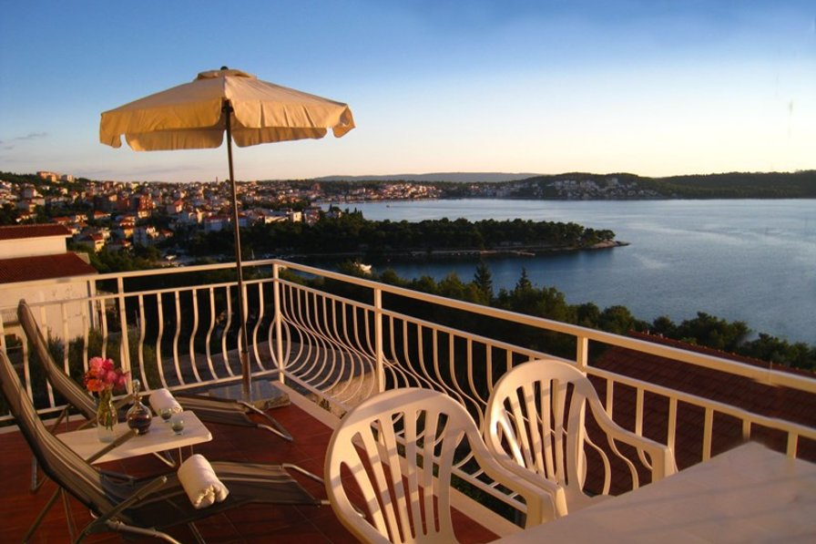 Apartment in Croatia, Trogir: Apartment 2, private balcony