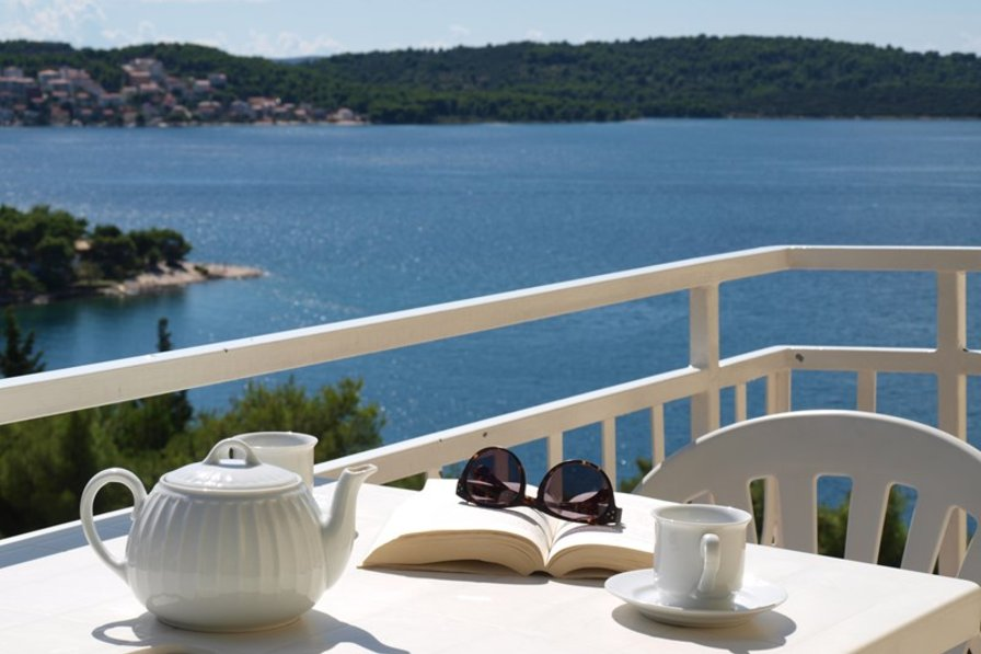 Owners abroad Trogir Yellow House - Apartment 3 SEA VIEW BALCONY, NEAR BEACH