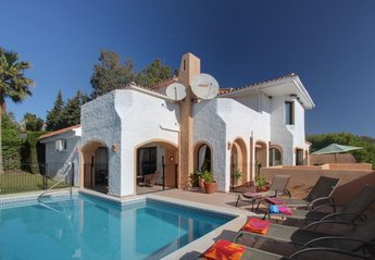 4 bedroom Villa for rent in Marbella