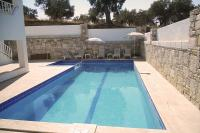 Villa in Turkey, Ladies Beach: A good sized swimming pool, perfect for larger parties